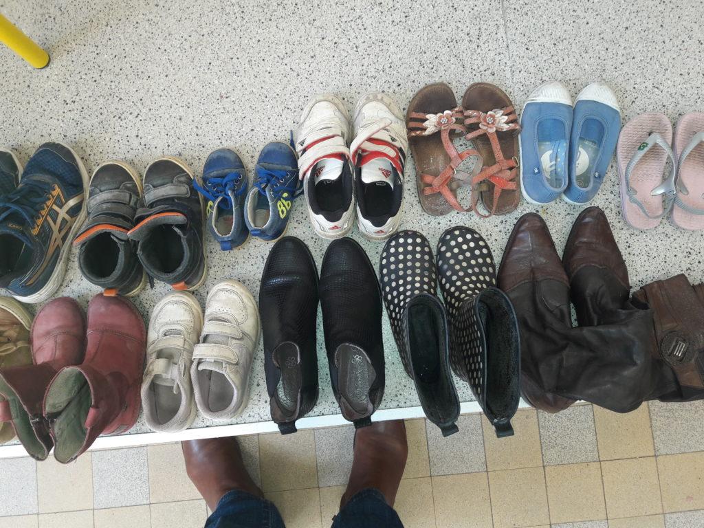 CE1B Chaussures avant peinture