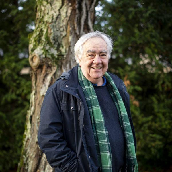 Portrait de Claude Ponti, auteur de littérature de jeunesse. Chez lui, dans la Sarthe, le jeudi 17 décembre 2020.